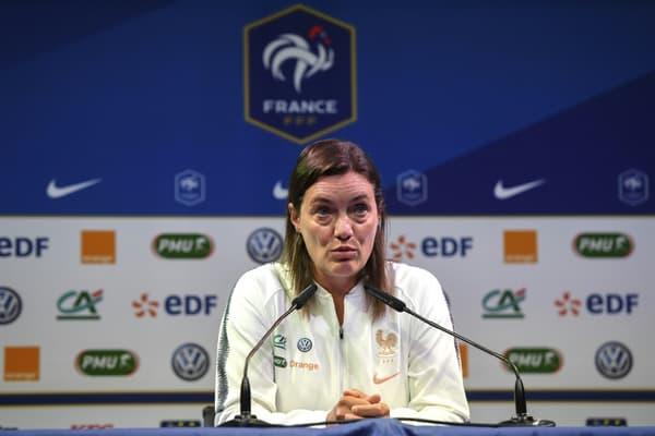 La sélectionneuse de l'équipe de France dames, Corinne Diacre, en conférence de presse à Clairefontaine, le 26 août 2019