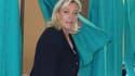 Selon le camp socialiste, Marine Le Pen a été battue dimanche au second tour des élections législatives à Hénin-Beaumont, dans la 11e circonscription du Pas-de-Calais, par son adversaire PS Philippe Kemel. /Photo prise le 17 juin 2012/REUTERS/Jean-Yves Bo