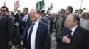 Pour sa visite en Algérie, François Hollande s'est accompagné de 200 personnes.