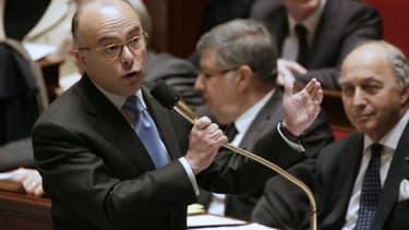 Bernard Cazeneuve s'en est pris à Jérôme Guedj, député PS de l'Essonne, lors d'une discussion sur le crédit d'impôt compétitivité.