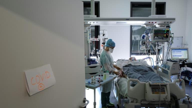 le nombre de patients en réa toujours stable, à près de 6000