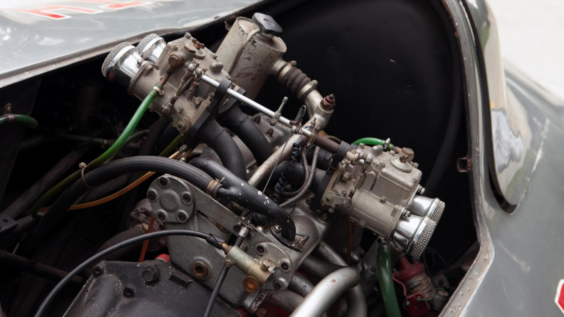 """Grandes performances mais """"petit"""" moteur: un 4 cylindres de 101 chevaux."""
