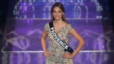 Miss Provence April Benayoum pendant le concours Miss France 2020, au Puy-du-Fou, le 20 décembre 2020