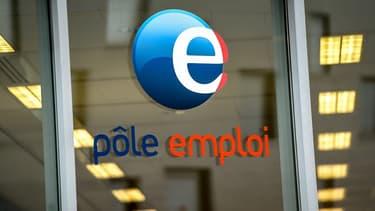 """""""Les gens vous disent que (...) le taux de chômage structurel en  France est de 9%, c'est ça le scandale"""", s'est insurgé Emmanuel Macron mardi."""
