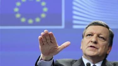 José Manuel Barroso effectue sa première visite en Grèce depuis le début de la crise en 2009.