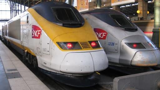 La SNCF et RFF doivent être regroupés au sein d'un pôle public unifié, mais cette réforme pourrait ne pas plaire à Bruxelles.