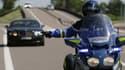 Des gendarmes en intervention sur la route