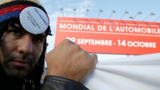 Les manifestations, heurts et rapports alarmistes sur la situation du marché de l'automobile se son multipliés pendant l'édition 2012 du Mondial de l'auto