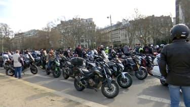 Des motards près des Champs-Élysées lors de leur journée de mobilisation samedi 20 février 2021