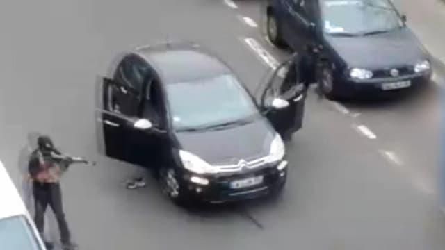 Image extraite de la vidéo prise mercredi, après l'attaque terroriste à la rédaction de Charlie Hebdo.