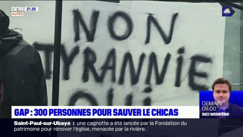 Crise au Chicas: près de 300 personnes rassemblées devant l'hôpital...