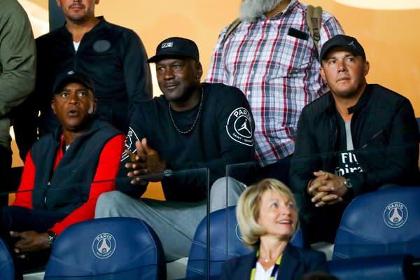 Michael Jordan dans les tribunes du Parc des Princes
