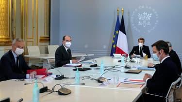 Le Conseil de défense réuni à l'Elysée ce jeudi.