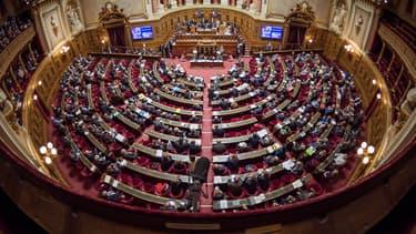 Les sénateurs proposent que les plateformes transmettent à l'administration fiscale les revenus de leurs membres.