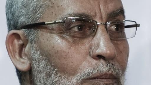 Mohamed Badie, le chef des Frères musulmans arrêté et écroué.