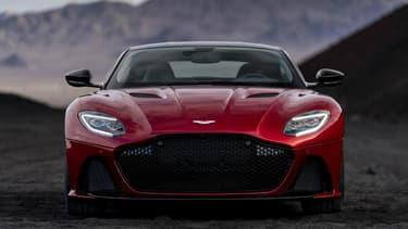 La marque britannique pourrra profiter des technologies électriques développées par Daimler.