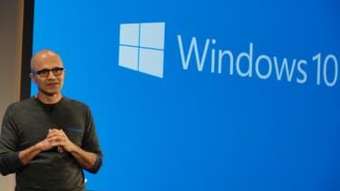 Microsoft tente d'effacer l'échec de WIndows 8, censé concilier les univers des mobiles et des PC.