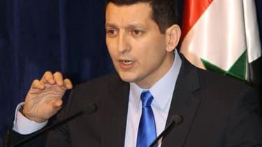 Le porte-parole du ministère des Affaires étrangères syrien, Jihad Makdesi, à Damas. Le régime de Bachar al Assad a imputé dimanche aux rebelles le massacre d'une centaine de personnes à Houla, dans le centre de la Syrie, qui a suscité une indignation int