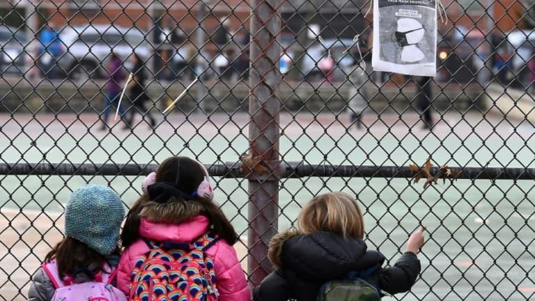 États-Unis: pas de propagation rapide du Covid-19 dans les écoles, selon une étude