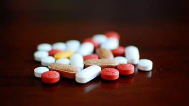 Le gouvernement voudrait baisser le prix des médicaments.