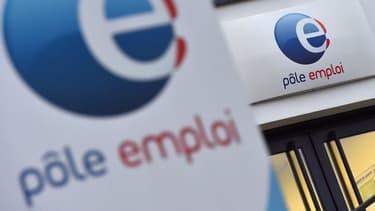 Pour le gouvernement, les coupes dans les effectifs de Pôle Emploi seraient justifiées par la baisse du nombre de chômeurs