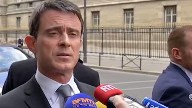 """Nous sommes en guerre"", redit Valls - Mardi 22 mars 2016"