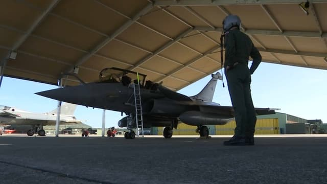 BFMTV a pu rencontrer l'un des pilotes français ayant participé à l'opération Hamilton, menée par les forces occidentales en Syrie.