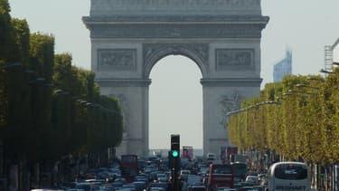 Mehdi Nemmouche, arrêté en mai dernier, a affirmé devant des otages qu'il surveillait en Syrie qu'il projetait de faire un attentat sur les Champs-Elysées le 14 juillet.
