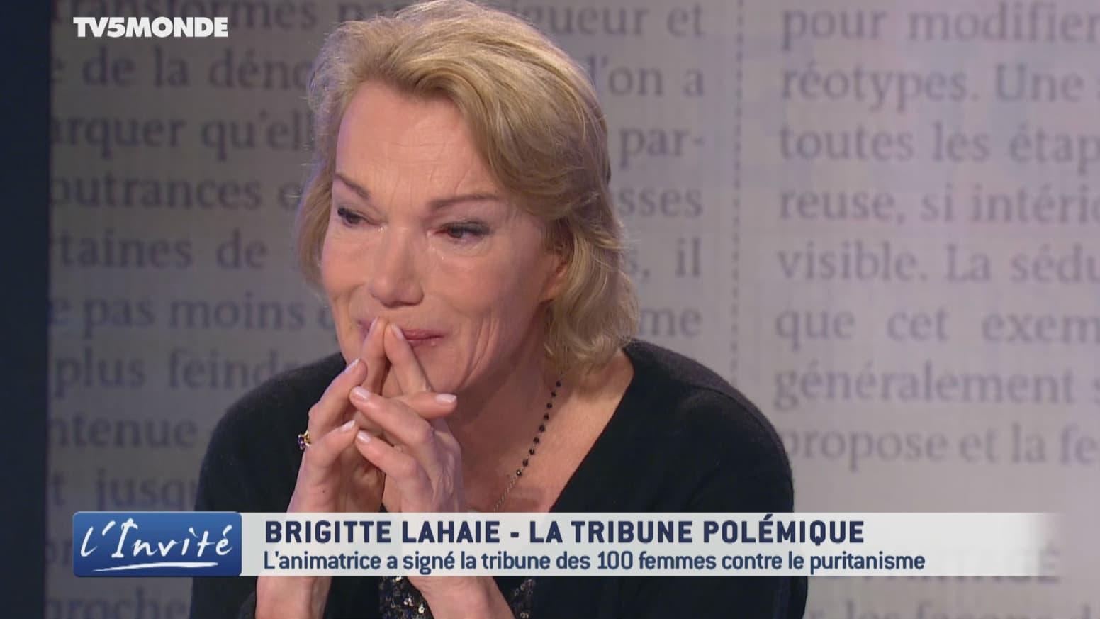 Brigitte Lahaie, en larmes, présente ses excuses pour ses propos