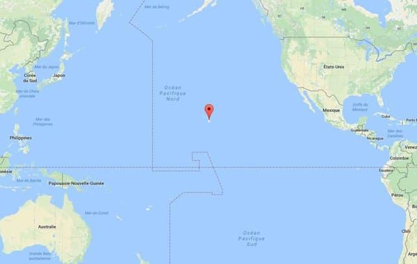 Hawaï se situe au milieu de l'Océan pacifique, à mi-chemin entre la Corée du Nord et les Etats-Unis.