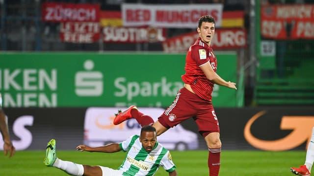 Benjamin Pavard face à Greuther Fürth