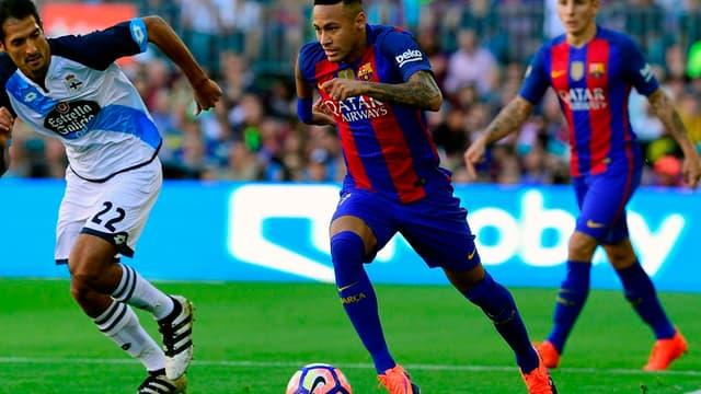 En rejoignant le PSG, Neymar pourrait devenir le joueur le mieux payé du monde.
