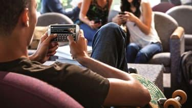 L'opérateur Freedompop mise sur un dépassement du forfait par ses clients et la vente de services pour devenir rentable.