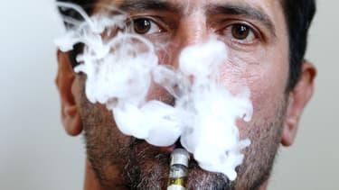 L'Europe peine à s'entendre sur le statut de la cigarette électronique.