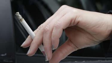 Chez les femmes consommatrices excessives d'alcool, les risques de décès associés aux tabac sont significativement plus élevés que chez celles qui consomment pas ou peu d'alcool