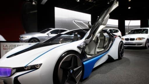 Le Mondial de l'automobile fait la part belle aux rêves et aux plus folles ambitions.