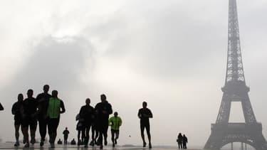 La course de 6 km partira de la Défense ce jeudi.