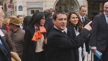 """Manuel Valls a ironisé vendredi sur son """"trajet"""" vers l'Elysée, où il se rendait pour le premier Conseil des ministres de l'année."""