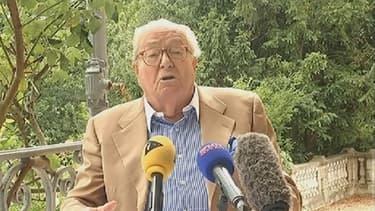 Jean-Marie Le Pen réagit à la décision du tribunal, le 28 juillet 2015