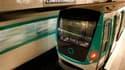 Le trafic à la SNCF et dans les transports en commun parisiens était conforme aux prévisions mardi à l'occasion de la journée d'action nationale contre la réforme des retraites. /Photo d'archives/REUTERS/Benoît Tessier