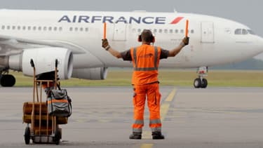 Un avion de la compagnie Air France sur le tarmac