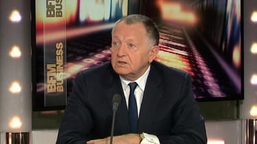 Jean-Michel Aulas, le président du club de football l'Olympique Lyonnais, était l'invité d'Hedwige Chevrillon dans le Grand Journal ce 10 mars.