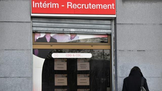 A cause de la crise du Covid-19, près de 59 millions d'emplois européens, soit 26% du total, sont menacés à court terme par le des réductions d'heures ou de salaire, des congés temporaires ou des licenciements permanents, estime le rapport de McKinsey.
