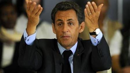 Nicolas Sarkozy devrait annoncer lundi une hausse de la contribution française au Fonds mondial contre le sida, le paludisme et la tuberculose tout en pressant la communauté internationale de mettre les bouchées doubles pour que les objectifs du millénair