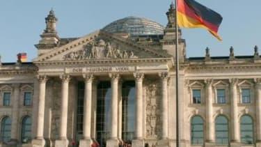 Les députés ont été pressés par le ministre allemand des Finances de voter pour ces mesures
