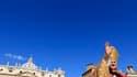 Benoît XVI a célébré la messe solennelle du dimanche des Rameaux, qui marque le début du marathon de la Semaine pascale, en prévenant les fidèles que les hommes paieront le prix de leur orgueil s'ils pensent que la technologie peut se substituer au divin.