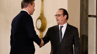 François Hollande et David Cameron se sont entretenus.
