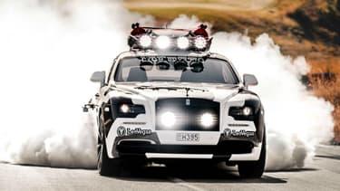 Une Rolls-Royce Wraith TRES modifiée