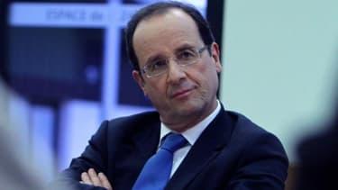 """Hollande dit sa """"confiance"""" dans les partenaires sociaux"""