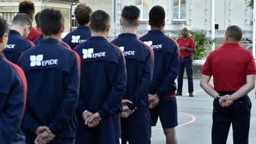 Des jeunes volontaires dans une caserne de Bordeaux. Photo d'illustration